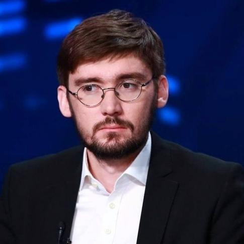 Журналісти з'ясували ім'я автора фейсбучних опусів Віктора Балоги (документ)