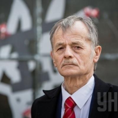 Джемілєв назвав головну причину відновлення електропостачання до Криму