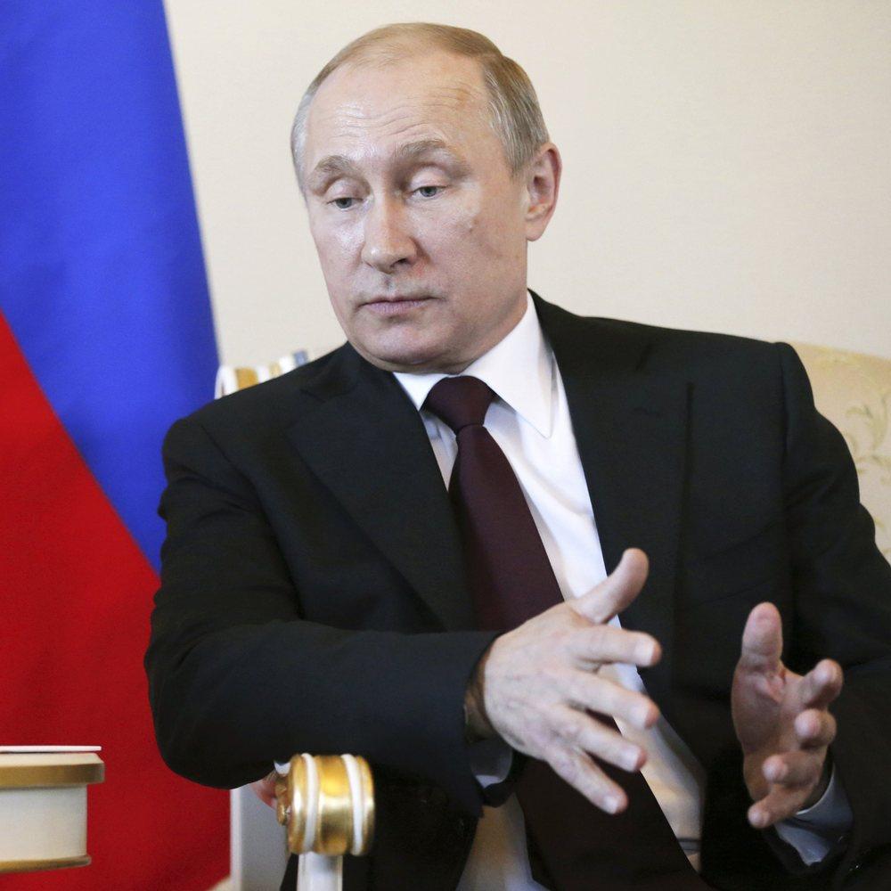 Як кинути росіян на гроші. Рецепт від Путіна