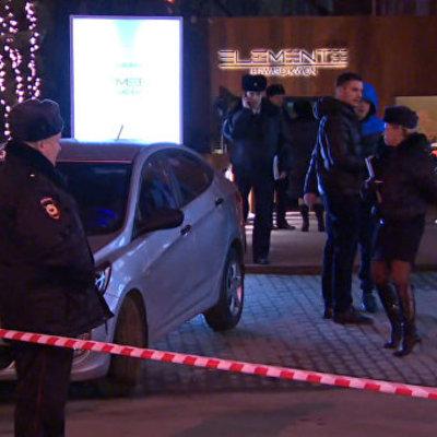Опубліковано відео з московського кафе, де стріляли прицільно по жертвах (ВІДЕО)