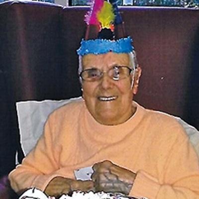 """105-річна жінка розповіла про свій """"алкогольний"""" секрет довголіття"""