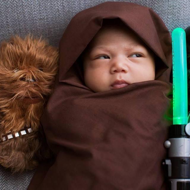 """Цукерберг одягнув свою дитину у персонажа """"Зоряних війн"""""""