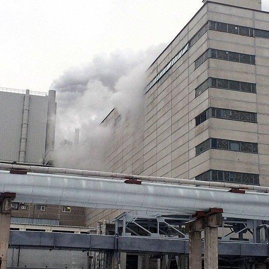 У зв'язку з аварією призупинена робота енергоблоку АЕС у Росії