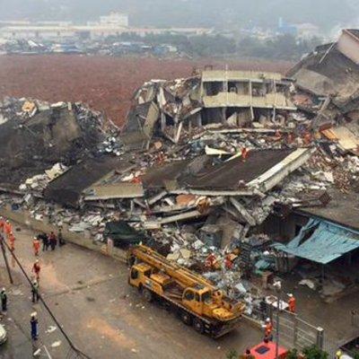 Катастрофа в Китаї: внаслідок зсуву близько 100 людей зникли