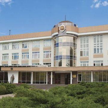 Ліквідований у Криму університет працюватиме в Україні