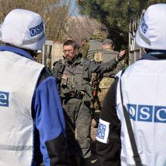 Представники ОБСЄ доповіли, що терористи не пустили їх до захопленого Комінтернового