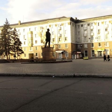 Як зараз мешкають люди у Єнакієво? (фото)
