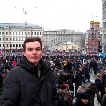 Про що писав у Росії проукраїнський блогер, який наклав на себе руки