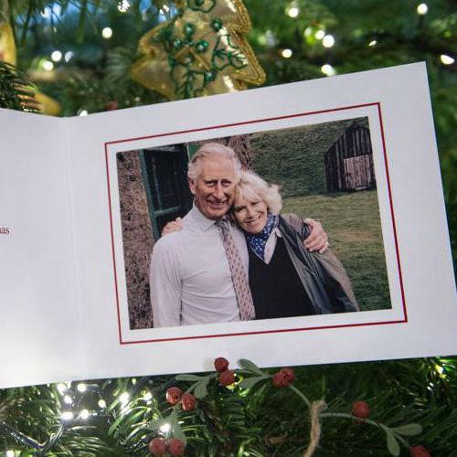 Королівські сім'ї продемонстрували різдвяні фото