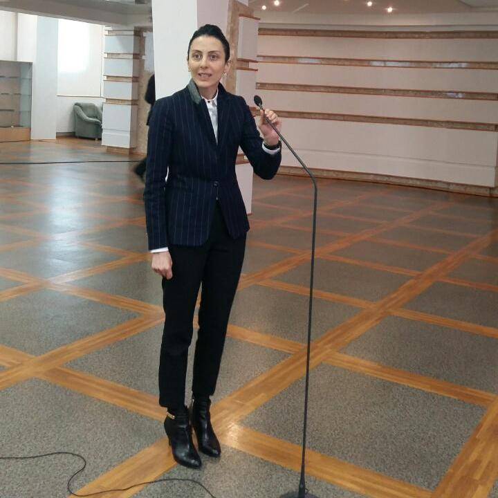 Хатія Деканоідзе запевнила, що святкуватиме Новий рік в Україні з поліцейськими