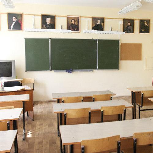 В Росії реакція директора на бійку в школі викликала скандал