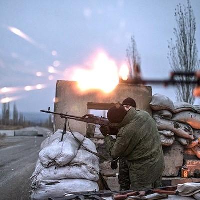 Ніч в АТО: українських військових обстріляли 42 рази