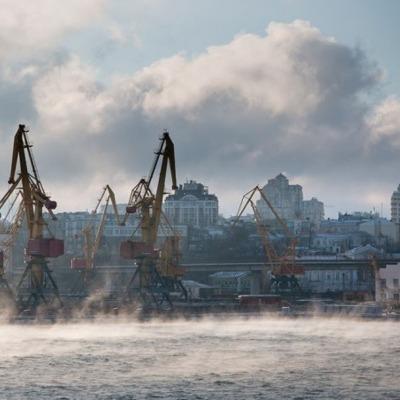 В Одесі через різке похолодання над морем утворився пар