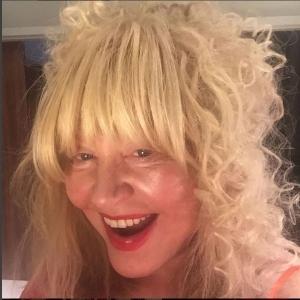 Пугачова вразила своїм селфі без макіяжу