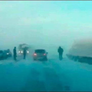 У Росії водій, який ледве вижив у сніговому полоні, написав відеозвернення до Путіна (ВІДЕО)