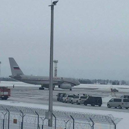 Літак із Гризловим пустили до України за запитом МЗС