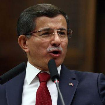 Прем'єр-міністр Туреччини скликає екстрену нараду через теракт у Стамбулі