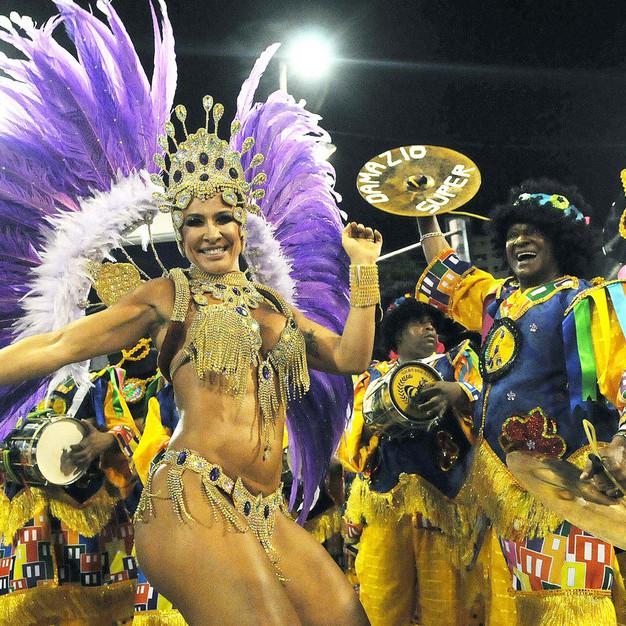Бразилія відмовилась від новорічних карнавалів через економічну кризу