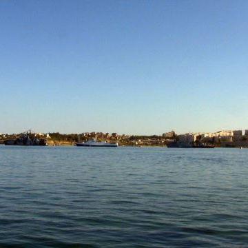 У Севастополі зупинилося поромне сполучення