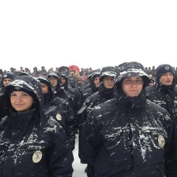 Патрульна поліція Дніпропетровська у заметіль прийняла присягу