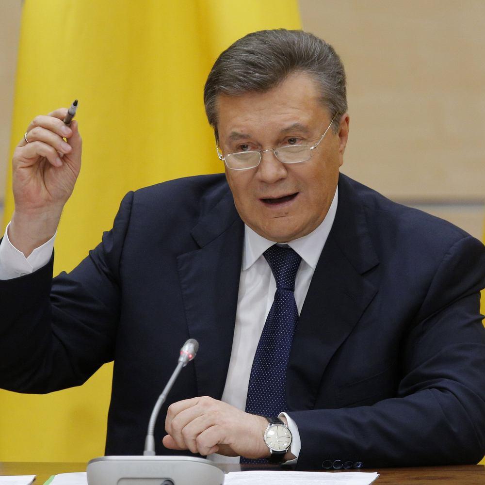 Янукович продовжує керувати Кримом - екс-спікер півострова