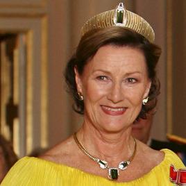 78-річна королева Норвегії катається на лижах