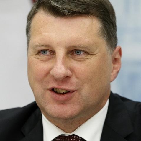 Президенту Латвії під час операції на серці замінили інфікований клапан протезом