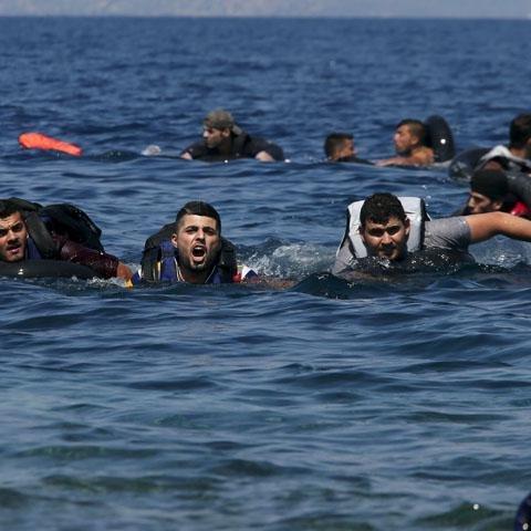 Понад 40 мігрантів потонули через катастрофу човнів в Егейському морі