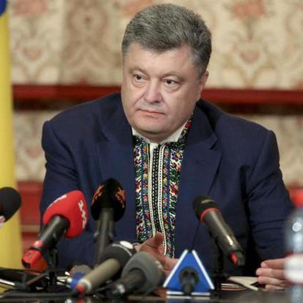 Порошенко певен, що у 2016 році Донбас повернеться до складу України