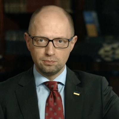Яценюк розповів, чим займатиметься уряд у 2016 році