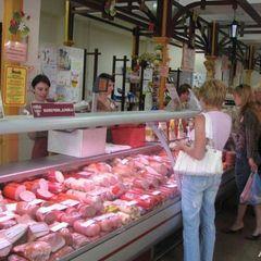 У Петербурзі чоловік розстріляв адміністратора крамниці, яка завадила йому вкрасти ковбасу