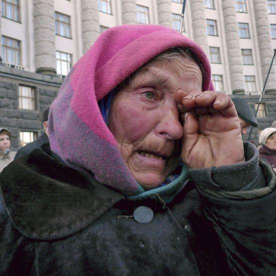 Україна увійшла до ТОП-5 країн із найгіршою у світі економікою (інфографіка)