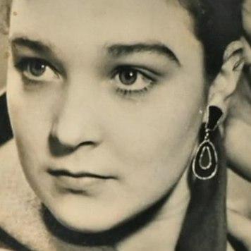Відому російську акторку вбив власний син