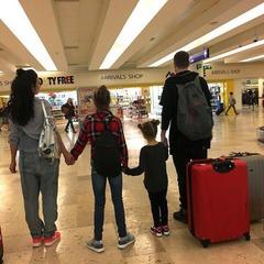 Анна Седокова зі своїм хлопцем і дочками зняли сімейне реаліті-шоу (відео)