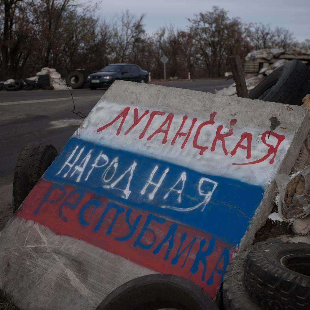"""""""ЛНР"""" страждає від гуманітарної катастрофи, тисячі людей вже понад рік без води"""