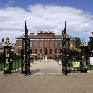 Біля резиденції королівської сім'ї Великобританії заживо згорів чоловік