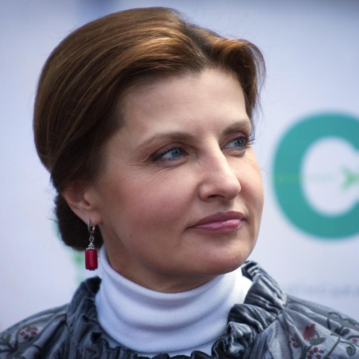 Марина Порошенко запросила на філіжанку кави хворого на ДЦП переселенця Романа Кисляка (відео)