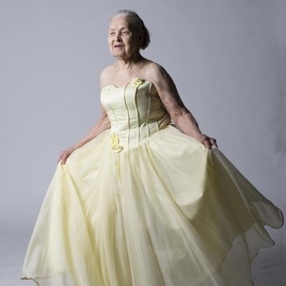 91-річна киянка знялась у відвертій фотосесії