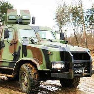 Прикордонники отримали нову бронетехніку в зоні АТО (ВІДЕО)