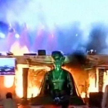 В Індії загорілась сцена під час танців (відео)