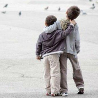 Психологи визначили слово, яке руйнує дружбу