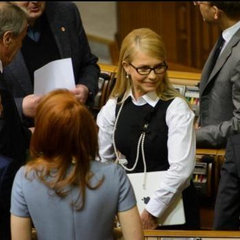 Тимошенко з'явилася в Верховній Раді в новому образі