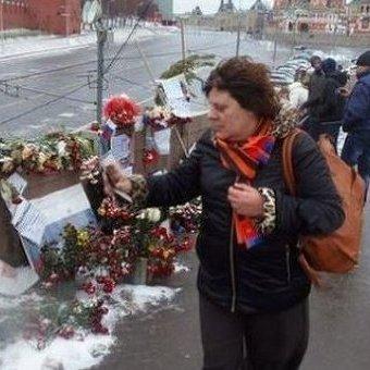 Московська влада вчетверте за рік знесла меморіал Нємцову