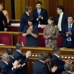 У БПП назвали міністрів, які мають залишитись в уряді після відставки Яценюка