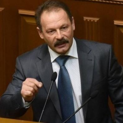Яценюк становить загрозу безпеці України, - Барна