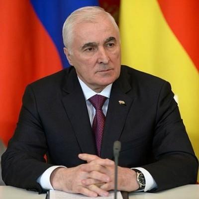 У Південній Осетії оголосять референдум про зміну назви республіки і входження до складу РФ