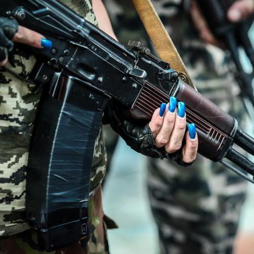 У Зайцевому затримали коригувальницю вогню бойовиків (відео)