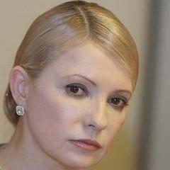 Як змінювалася риторика Юлії Тимошенко щодо подій у Криму. За чи проти військових дій?