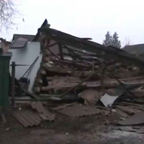 У Сумській області приватний будинок розвалився від вибуху