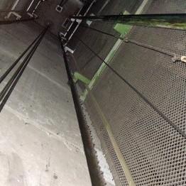 У Дніпропетровську пенсіонерка ледь не загинула у ліфті